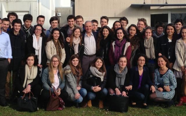 Les élèves de terminale scientifique du lycée Bellevue, ont rencontré Axel Kahn