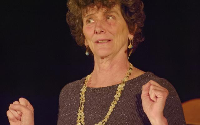 Sur scène, Isabelle Autissier raconte ces océans qu'elle connait si bien!